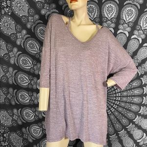 🖤 Loose fit purple cut out top